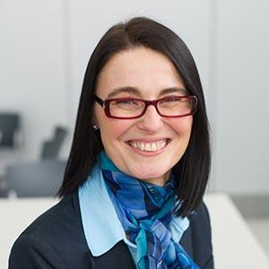 Dr. Daniela Moga